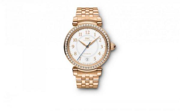 أجمل تصاميم الساعات الذهبية لأناقة يومية مميزة