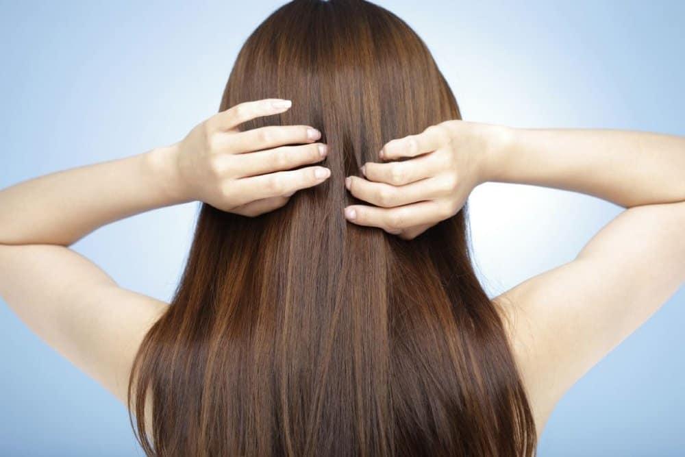 الحناء لعلاج الشعر المتساقط