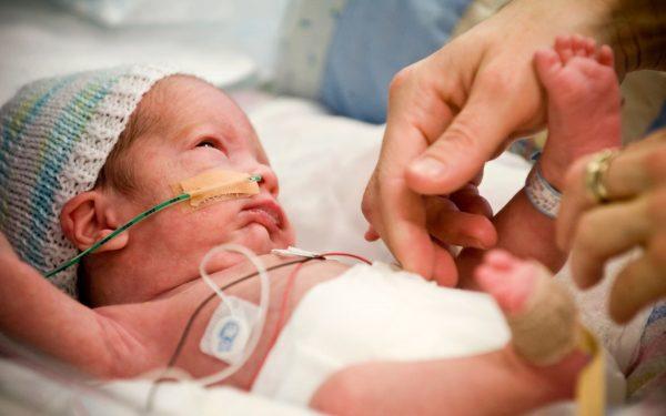 تعرفي على أسباب الولادة المبكرة وكيفية التعامل معها