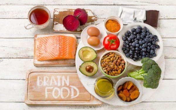 6 أطعمة تساعد على تحفيز الذاكرة وتنشيطها.. تعرفي عليها معنا!