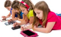 نصائح لمتابعة الأنشطة الإلكترونية للطفل