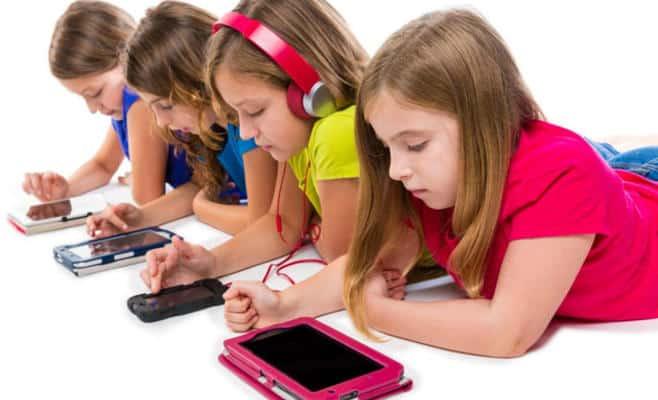 الأنشطة الإلكترونية للطفل