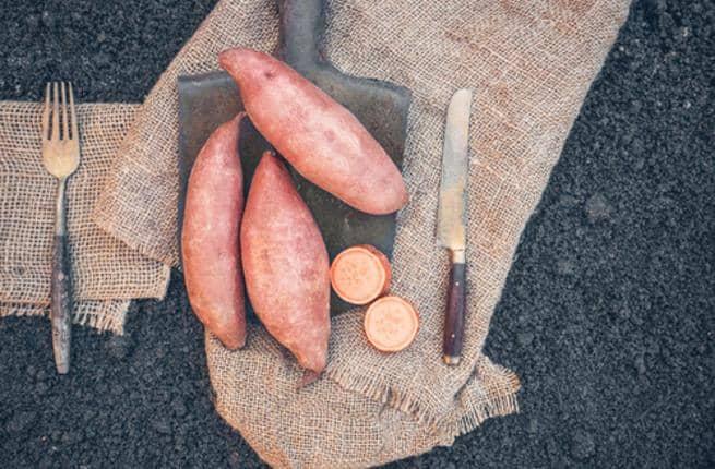 قناع البطاطا الحلوة لعلاج تكسر الشعر