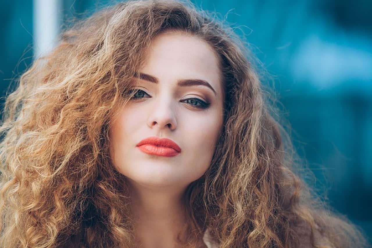 نعيم الشعر الجاف