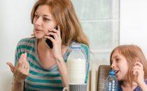 هل طفلك يقاطع الحديث.. إليك هذه النصائح