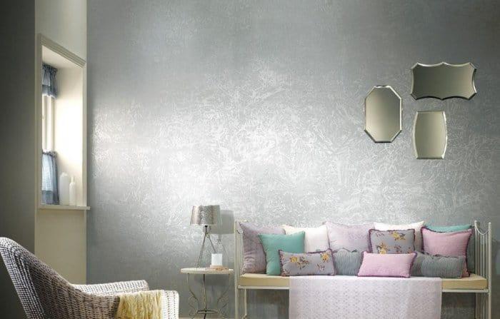ورق جدران بألوان الميتاليك لإطلالة فخمة