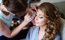 كيف تختارين خبيرة التجميل المناسبة لمكياج الزفاف؟