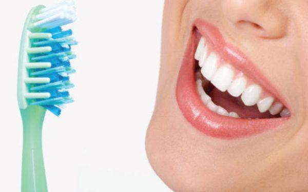 روتين يومي للعناية بصحة الفم والأسنان