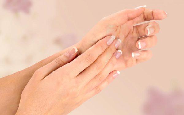كيف تحمي أظافرك من التكسر؟