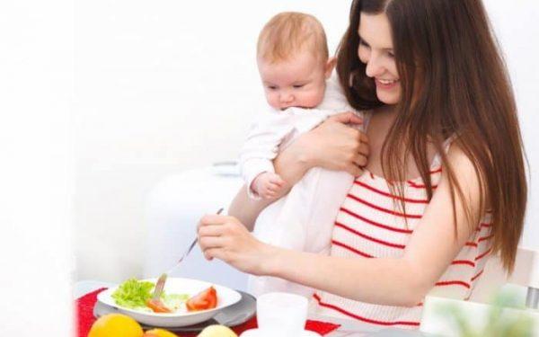 هذه الأطعمة مفيدة لك خلال فترة الرضاعة .. احرصي على تناولها
