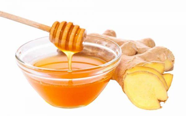إليك وصفة الزنجبيل والعسل للتخلص من تجاعيد العين