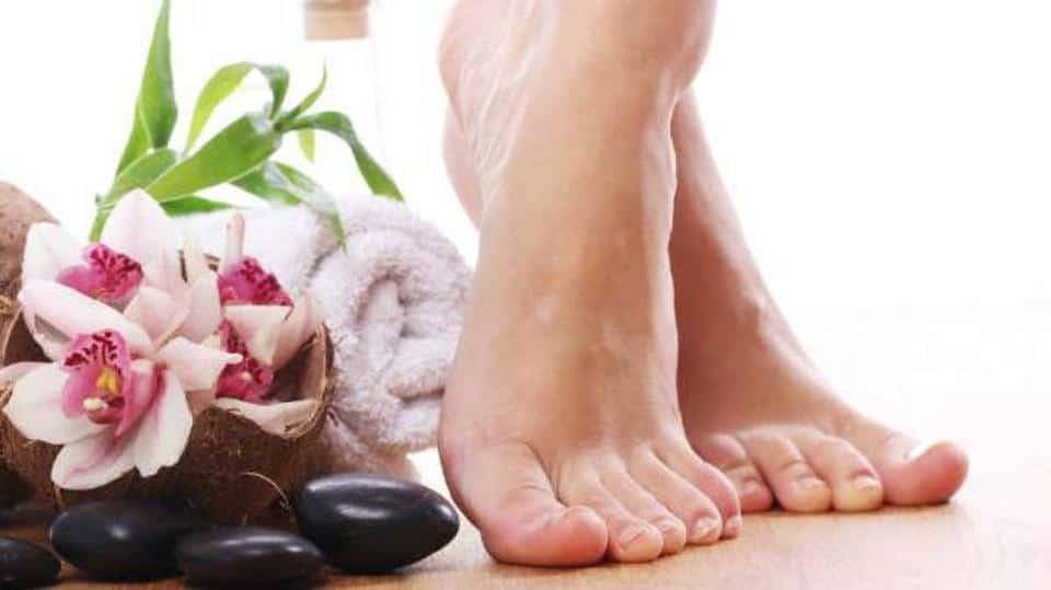 علاج رائحة القدمين الكريهة