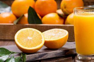 عصير برتقال لذيذ ومنعش