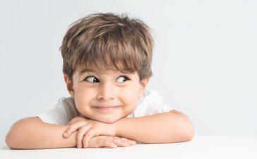 أخطاء تربوية تدمر شخصية الطفل