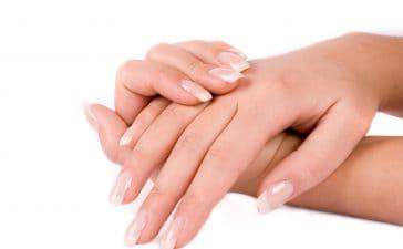 حافظي على نعومة يديك في فصل الشتاء