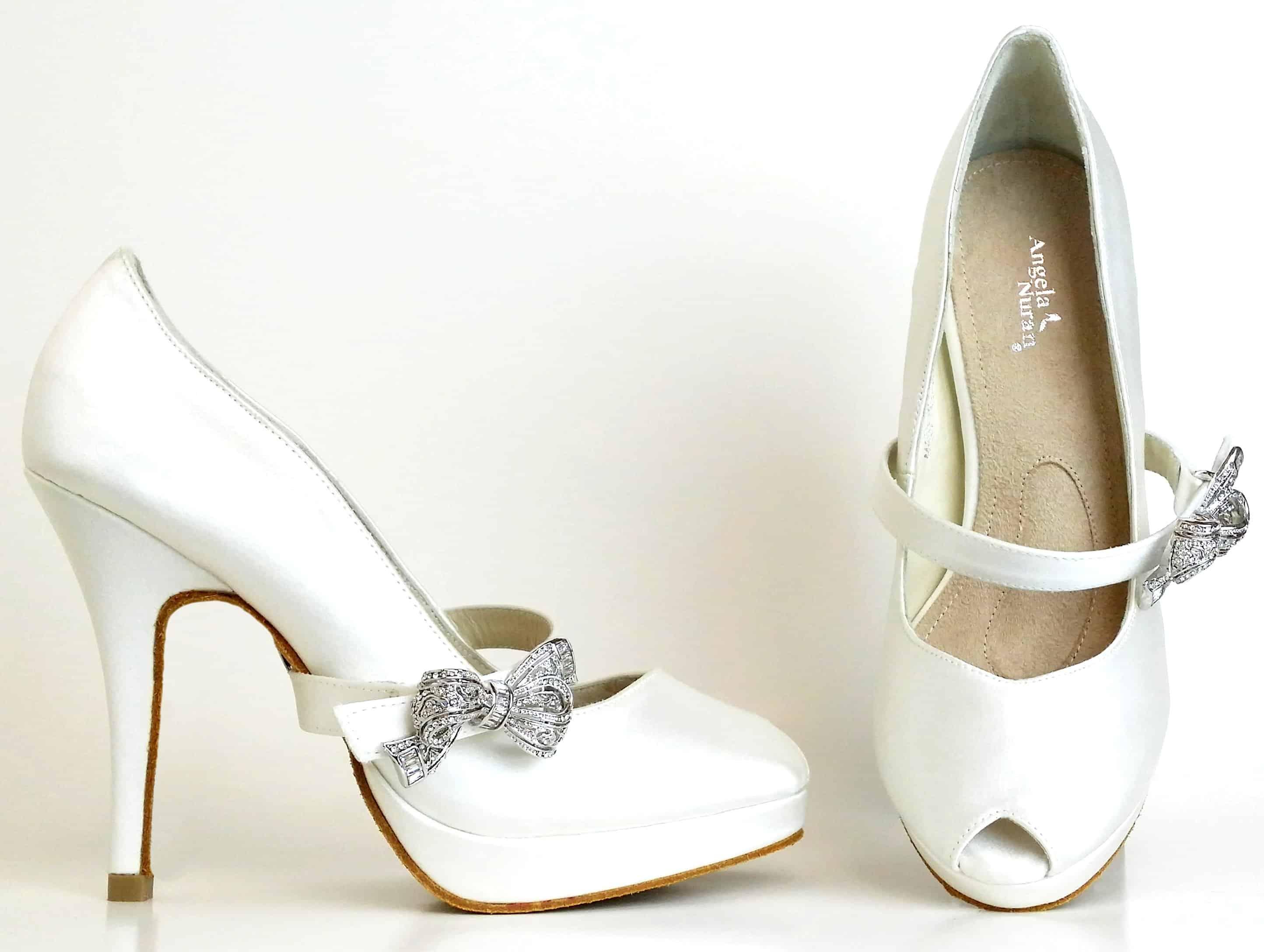 طرق اختيار حذاء الزفاف