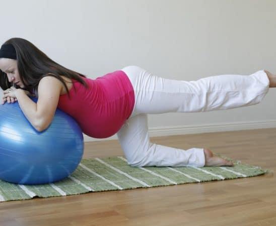 لا تترددي في ممارسة تمارين البيلاتس إذا كنت حامل