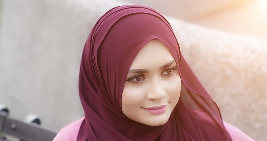 لفات الحجاب للوجه المربع