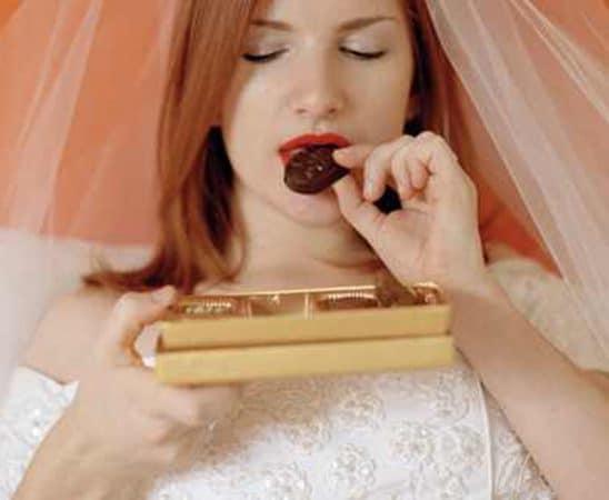 تجنبي تناول هذه المشروبات والأطعمة في يوم زفافك