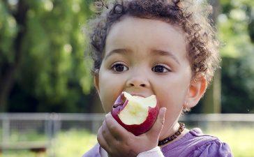 علاج الإمساك المزمن عند الأطفال