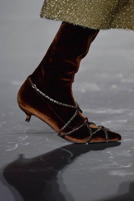 9f64a7b57 أحذية سهرة لشتاء 2019 | مجلة سيدات الامارات