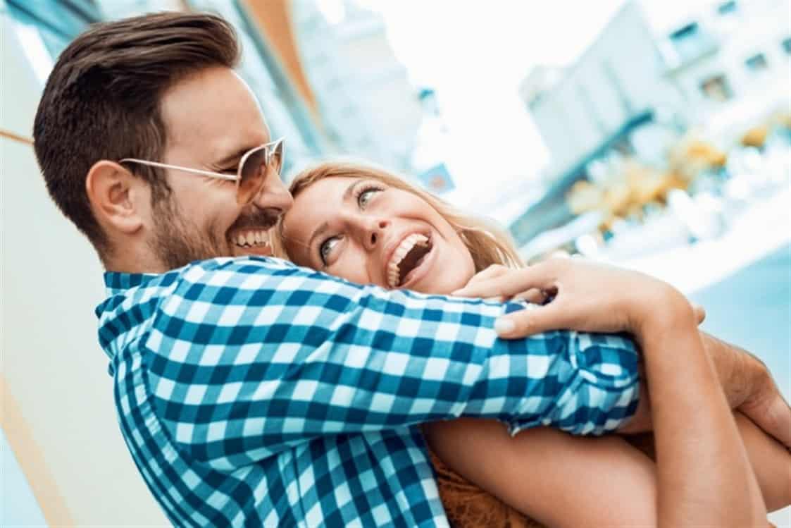 كيف تجعلين حب زوجك لك أبديا