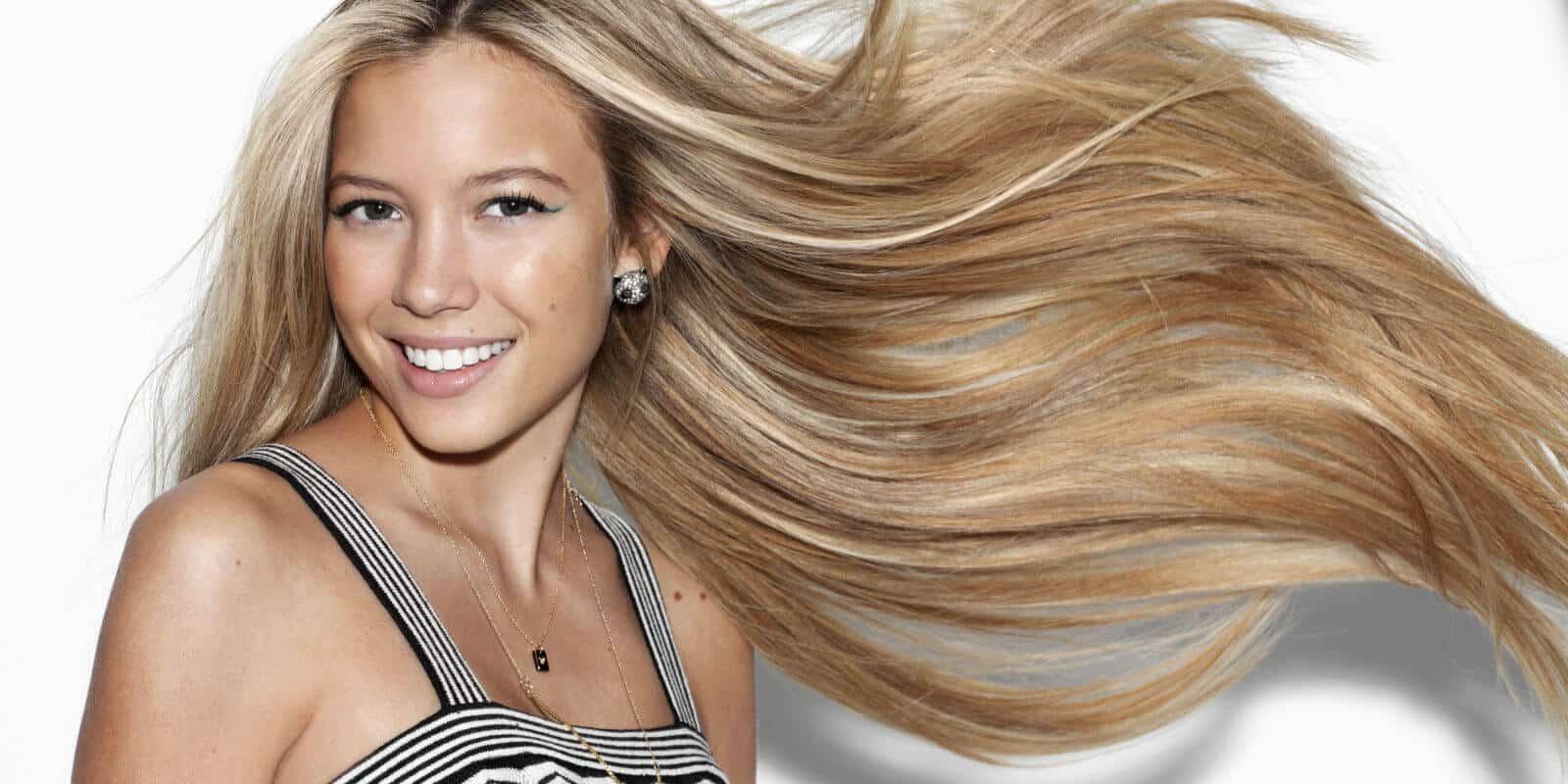 أفضل الفيتامينات التي تساعد على تطويل الشعر