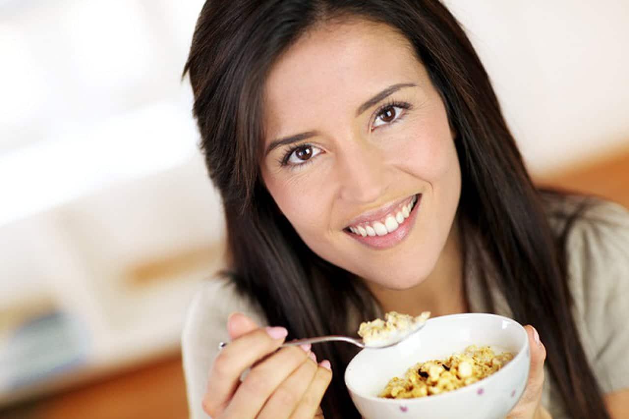 هذه الأغذية ستخلصك من الشعور بالجوع والدهون معًا