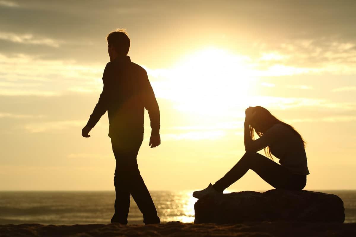 كيف تكسبين ثقة زوجك؟
