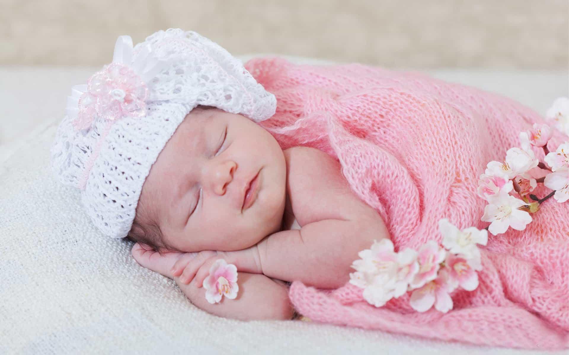 عبارات تهنئة بمولود أنثى