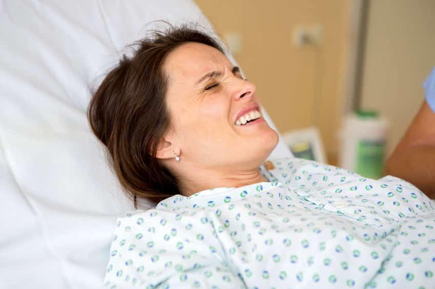 التحاميل لتسهيل الولادة