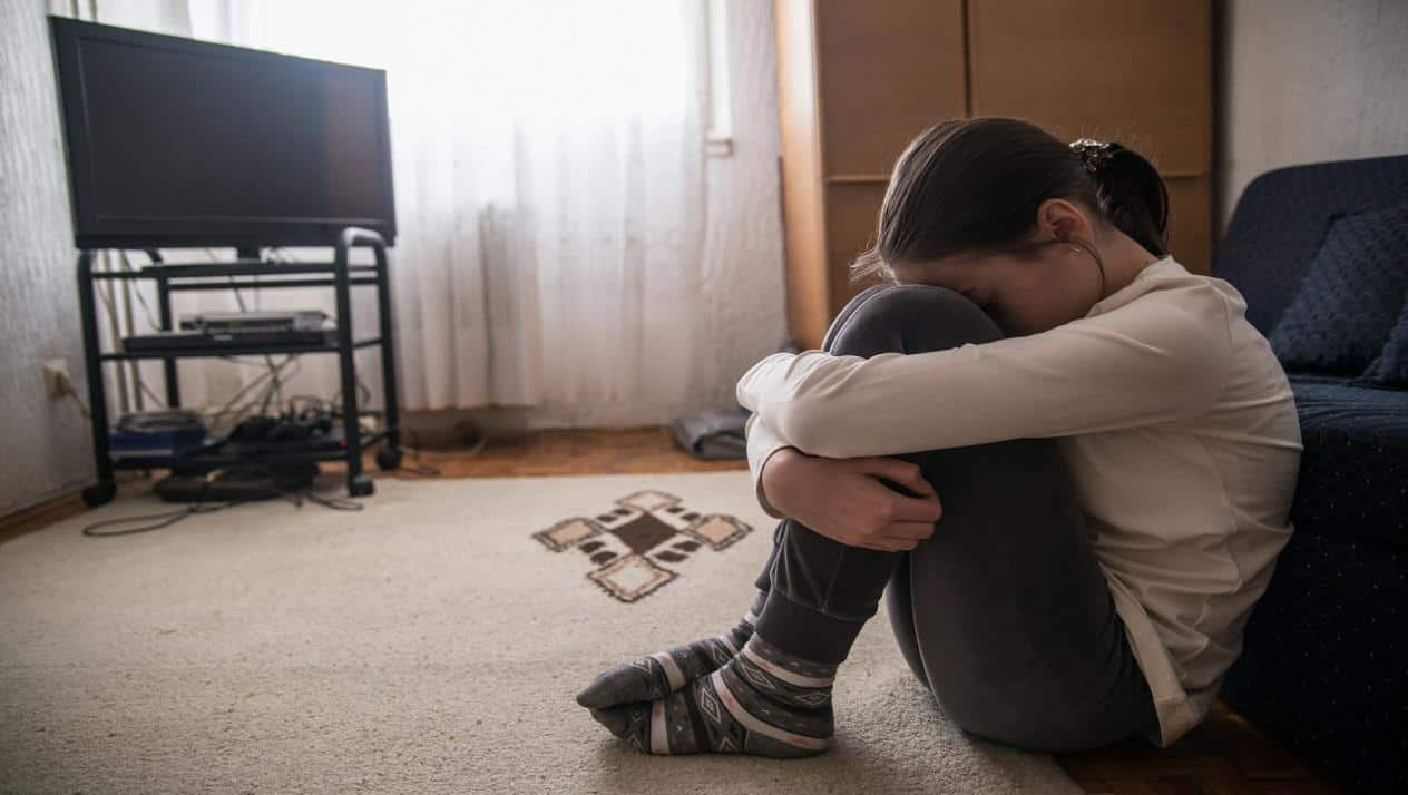 الاكتئاب لدى المراهقات