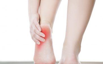 علاجات طبيعية لتخفيف آلام الساقين