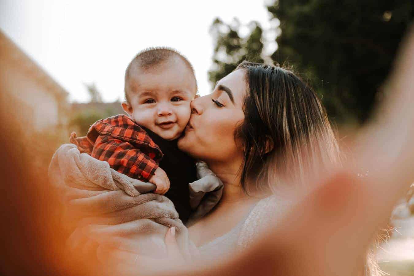نصائح علمية لتربية الأطفالكوني إيجابية في التعامل مع طفلك