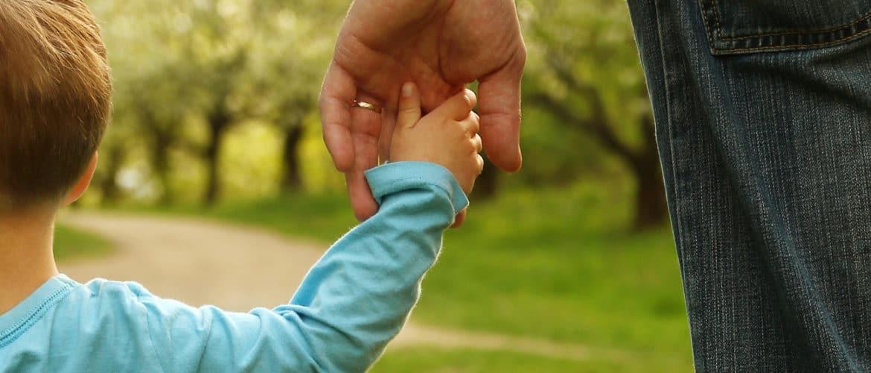 نصائح علمية لتربية الأطفالالأب يجب أن يشارك في التربية