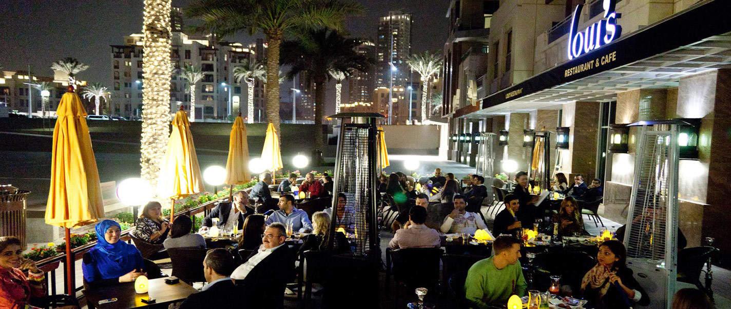 المقاهي والمطاعم في دبي