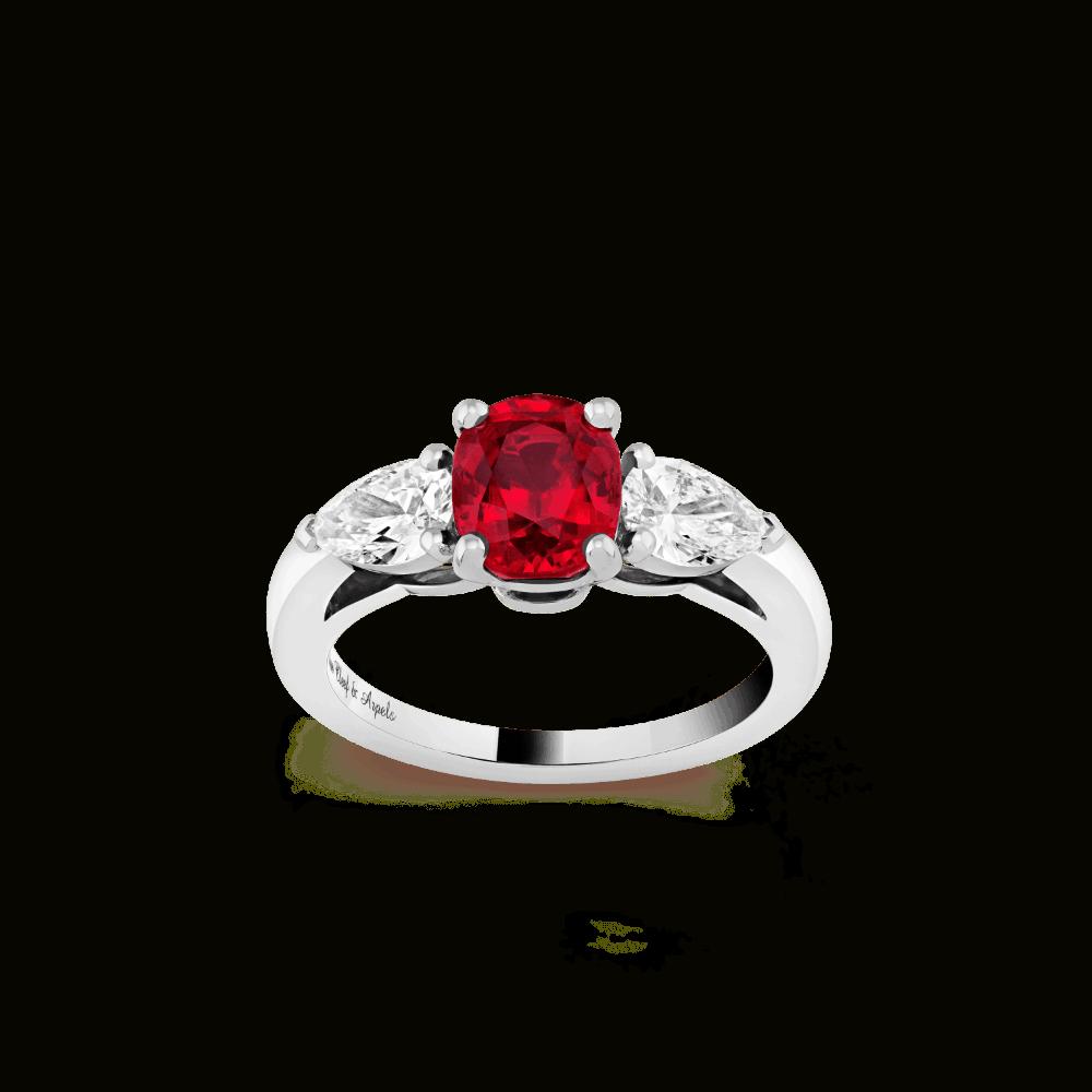 خاتم خطوبة من الياقوت الأحمر