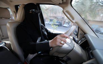 شروط قيادة المرأة للسيارة في السعودية