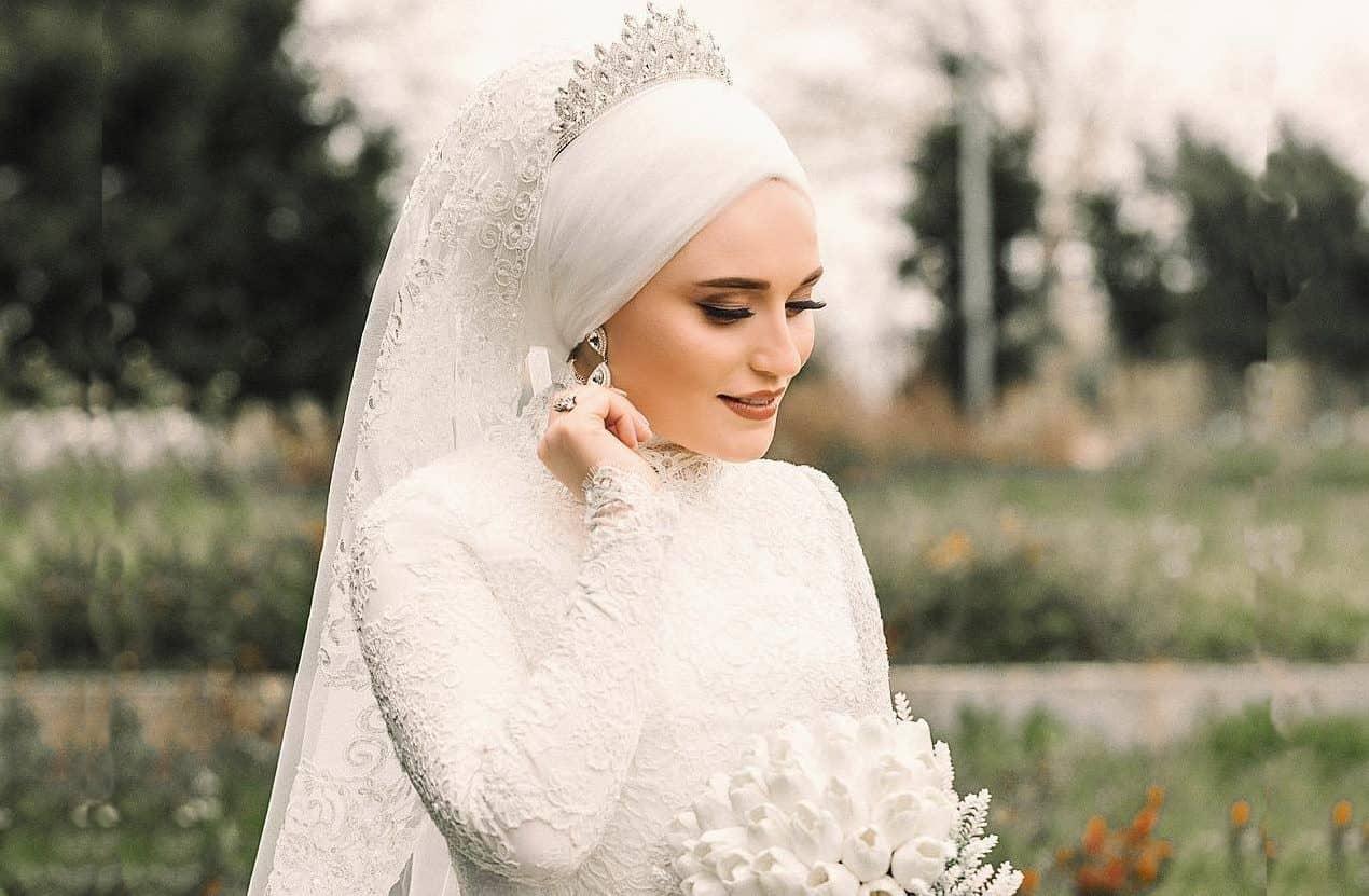 لفات طرحة مميزة وعصرية للعروس المحجبة بالصور