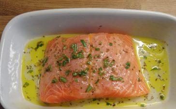 كيفية تجهيز تتبيلة سمك السلمون