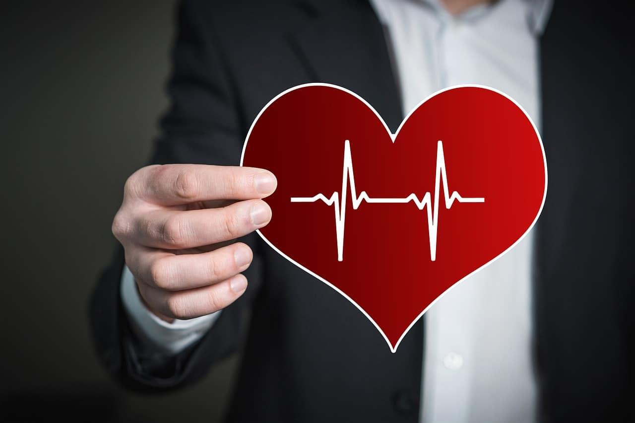 اسباب امراض القلب واعراضها