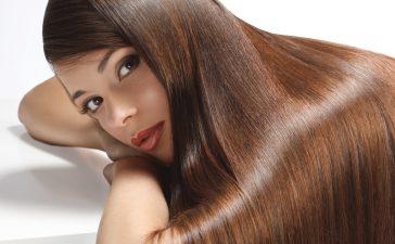 اكتشفي طرق تنعيم الشعر في المنزل واستغني عن الكيراتين!