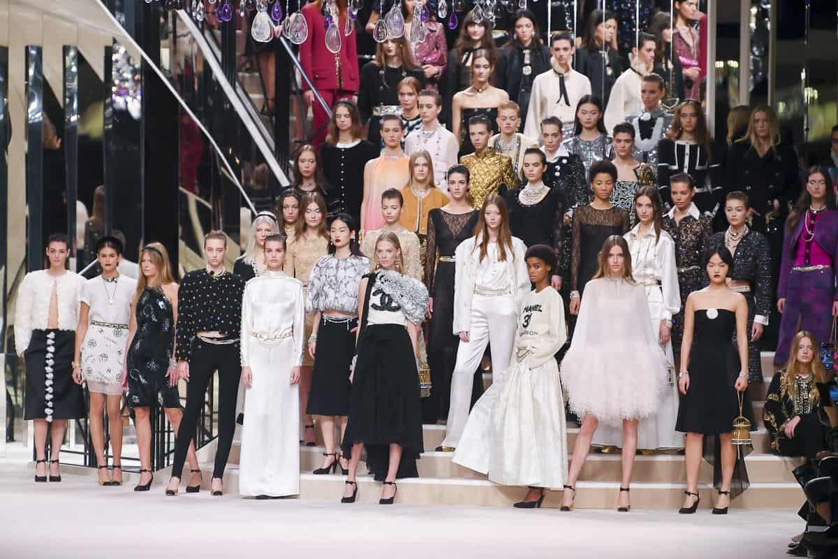 عرض أزياء شانيل 2020