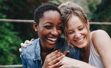 هرمونات السعادة والمشاعر الإيجابية