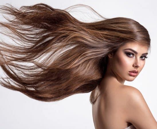 طرق بسيطة لعلاج تقصف الشعر بالقهوة