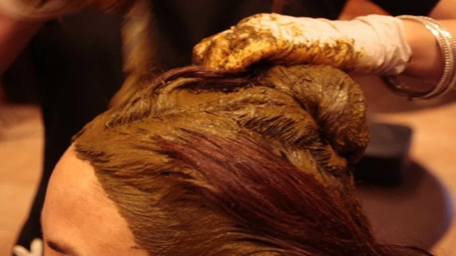طريقة صبغ الشعر بالحناء الطبيعية مجلة سيدات الامارات