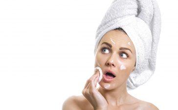 كيف تستعيدين نضارة الوجه في يوم واحد فقط