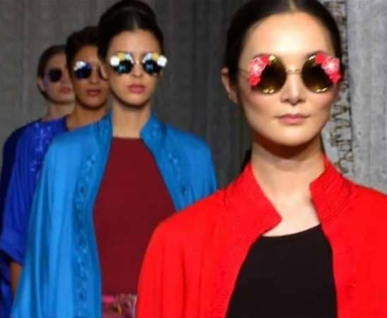 الألوان الزاهية من أبرز صيحات الموضة لشتاء 2020
