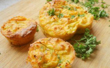 خطوات تجهيز مافن الجبن لفطور الصباح