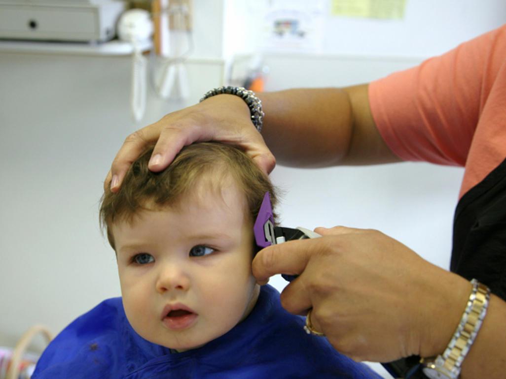 تأخر نمو الشعر عند الأطفال